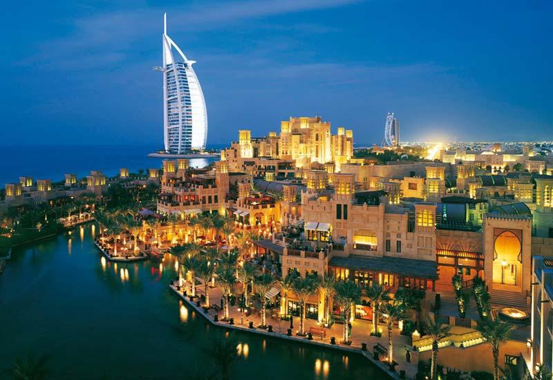 Дубайский календарь мероприятий.