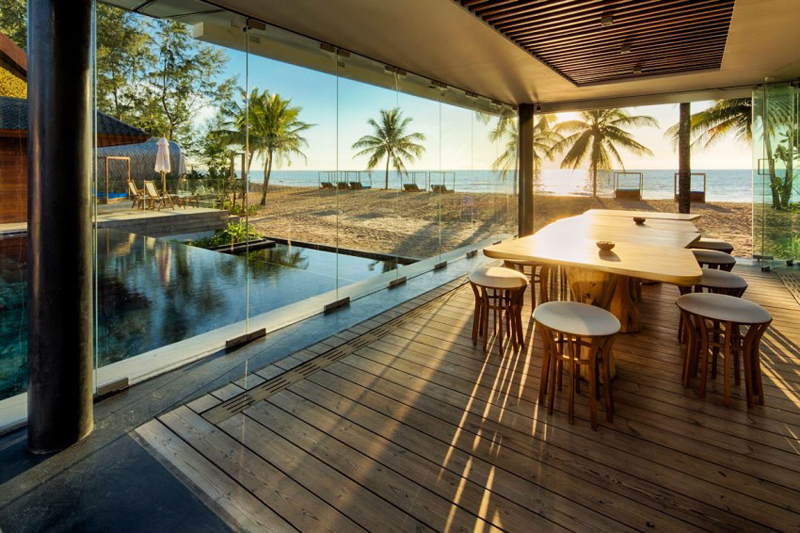 INIALA BEACH HOUSE 5* LUXE