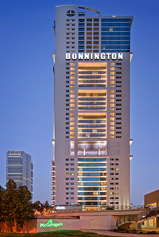 BONNINGTON JUMEIRAH LAKE TOWERS