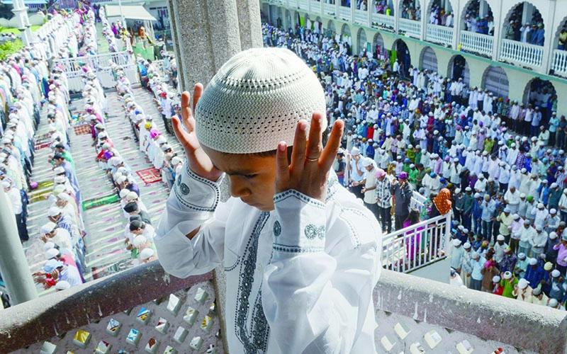 Выходные дни с праздником EID AL FITR в Омане