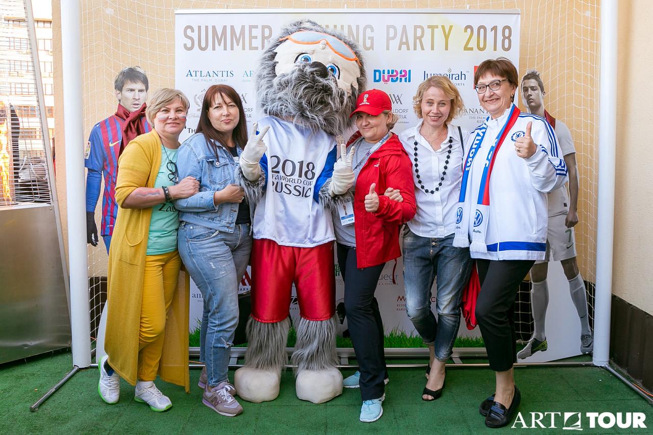 «АРТ-ТУР» наградил главных «забивак» прошедшего сезона на ежегодном Открытии летней веранды-2018!