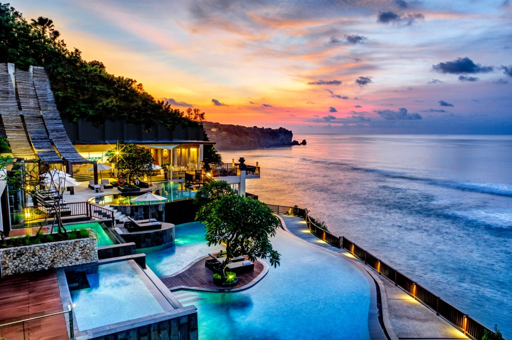 Anantara Uluwatu Bali Resort  5*