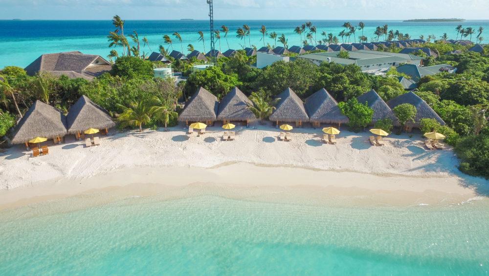 Dhigufaru Island Resort  4*+