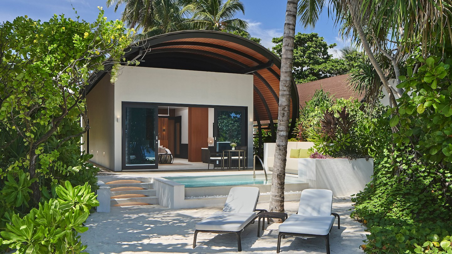 The Westin Maldives Miriandhoo Resort 5*