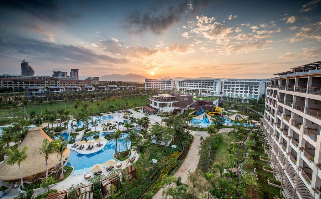 Shangri-La's Sanya Resort and Spa, Hainan