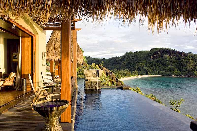 """Специальное предложение """"Dine & Pamper"""" от курорта Maia Luxury Resort & Spa!"""