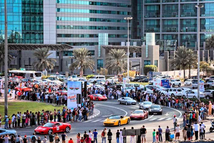 Два новых рекорда Книги Гиннеса установлены на Дубайском автомобильном фестивале
