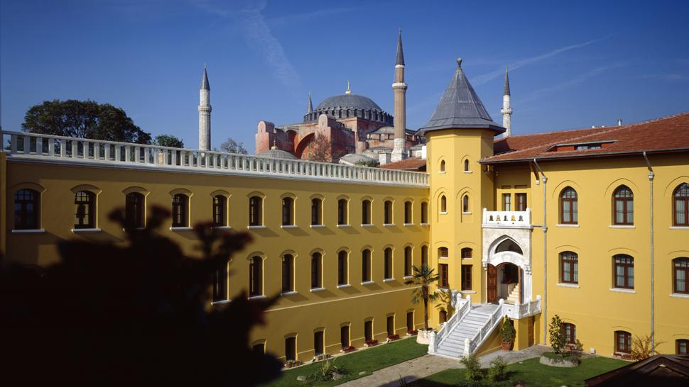 FOUR SEASONS SULTANAHMET HOTEL 5*