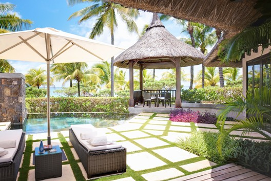 «Королевские каникулы» на Маврикии с LUX* Resorts & Hotels!